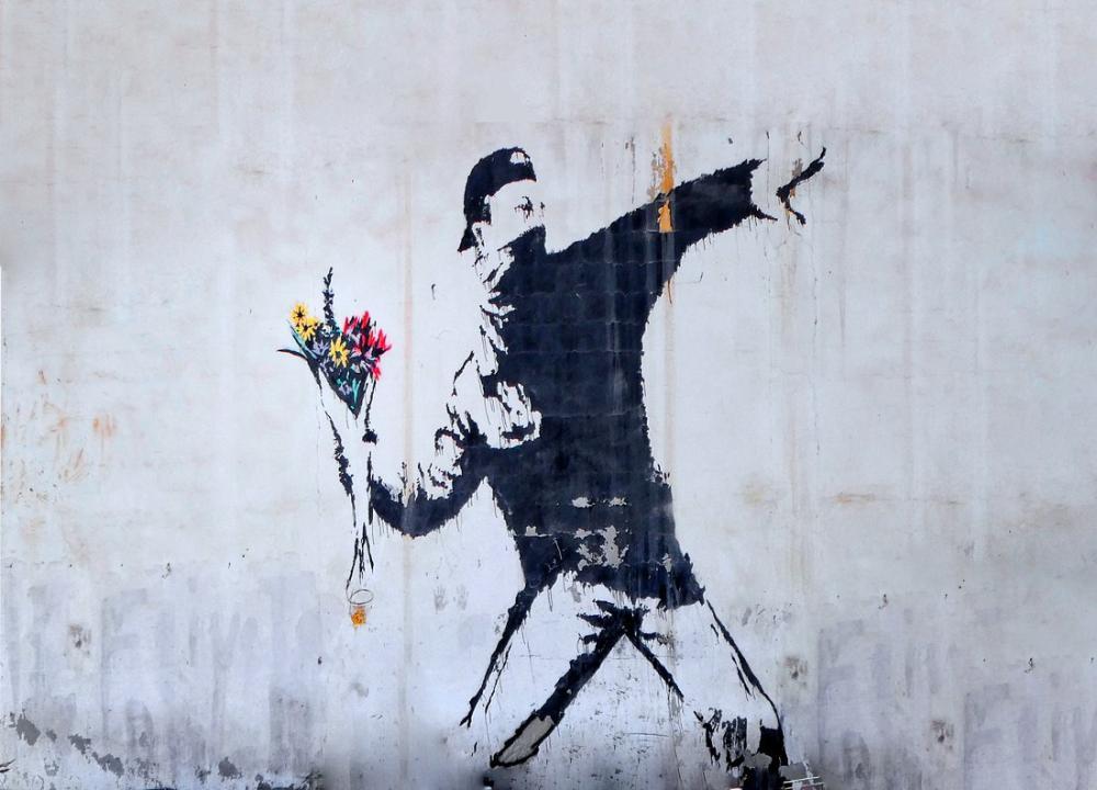 Banksy, Protestocu Adam Çiçek Fırlatma, Kanvas Tablo, Banksy