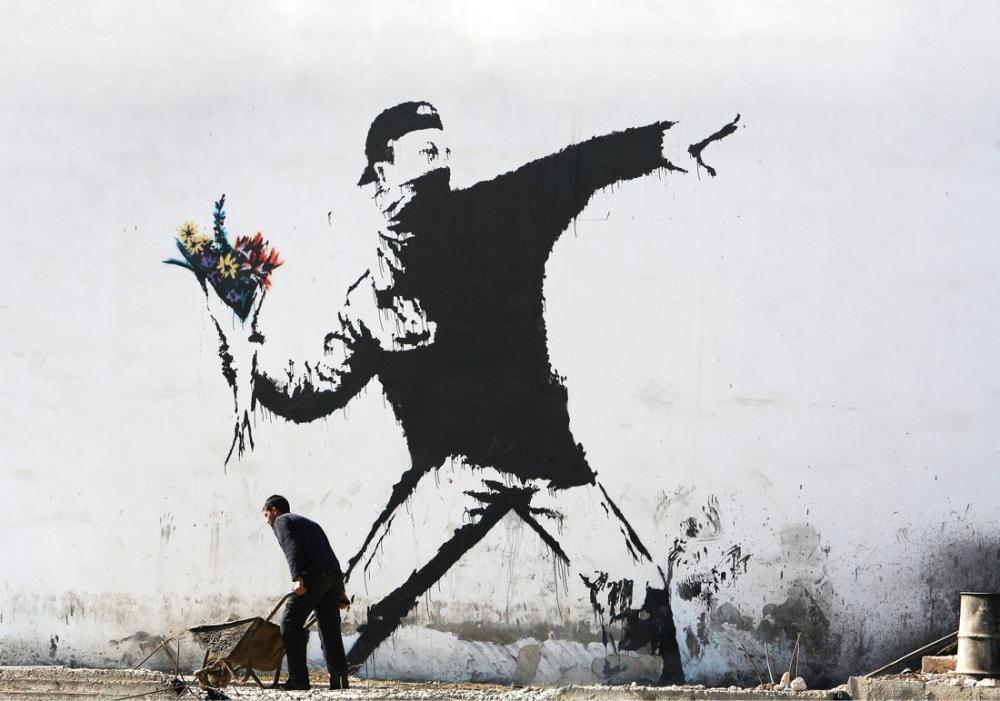 Banksy, Protestocu Adam Çiçek Fırlatma 2, Kanvas Tablo, Banksy