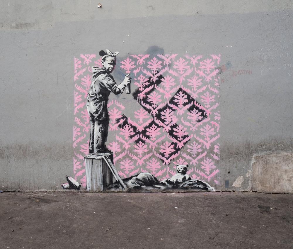 Banksy, Kız Duvarı Pembeye Boyuyor, Kanvas Tablo, Banksy
