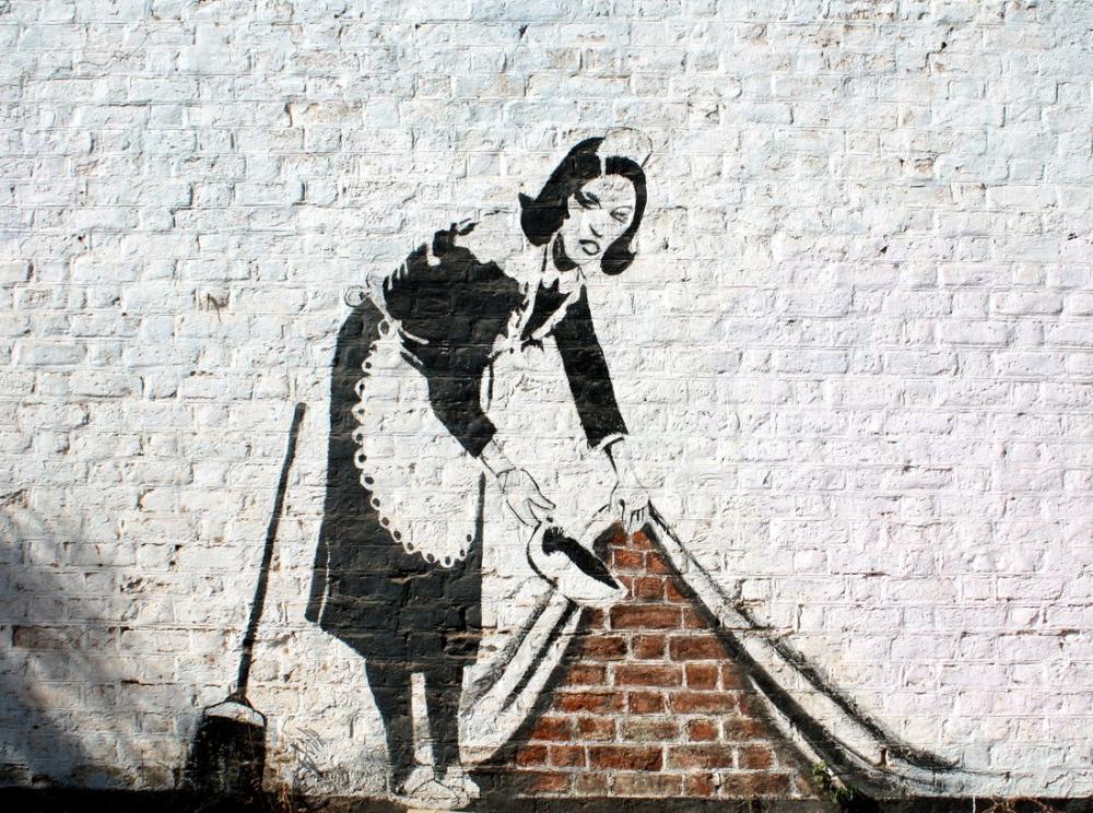 Banksy, Hizmetçi Halının Altına Süpürür, Kanvas Tablo, Banksy