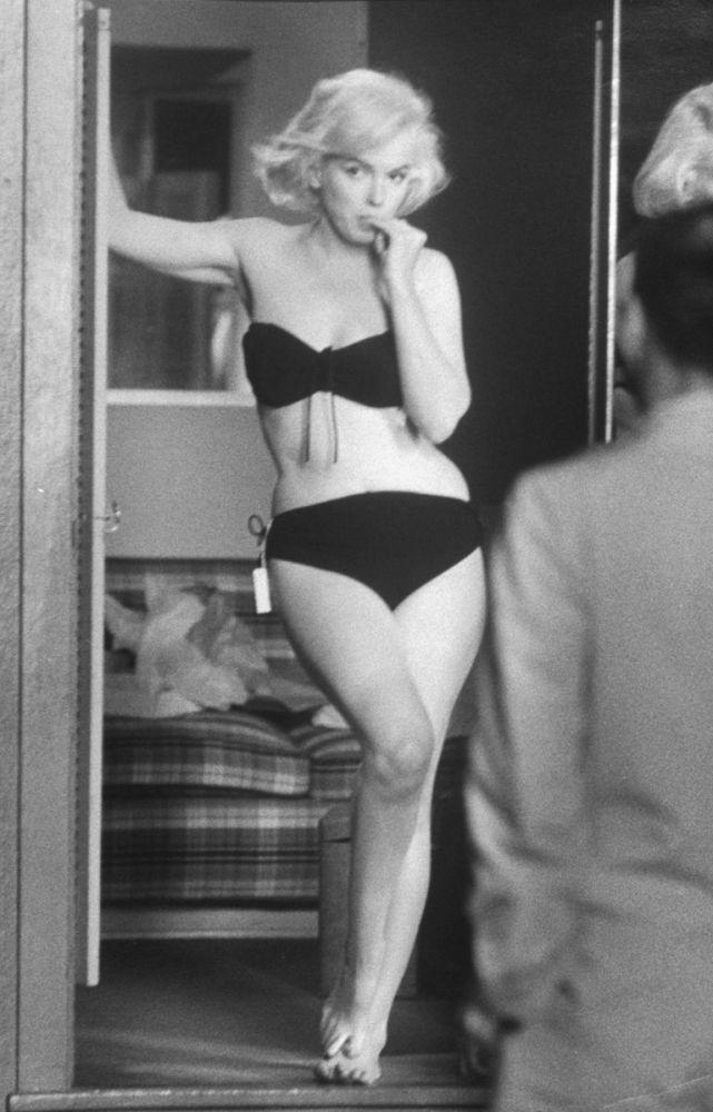 Marilyn Monroe With Bikini