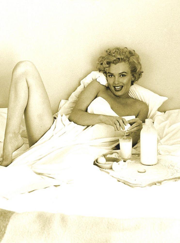 Marilyn Monroe, Breakfast, Marilyn Monroe, Poster Satış, all posters, kanvas tablo, canvas print sales