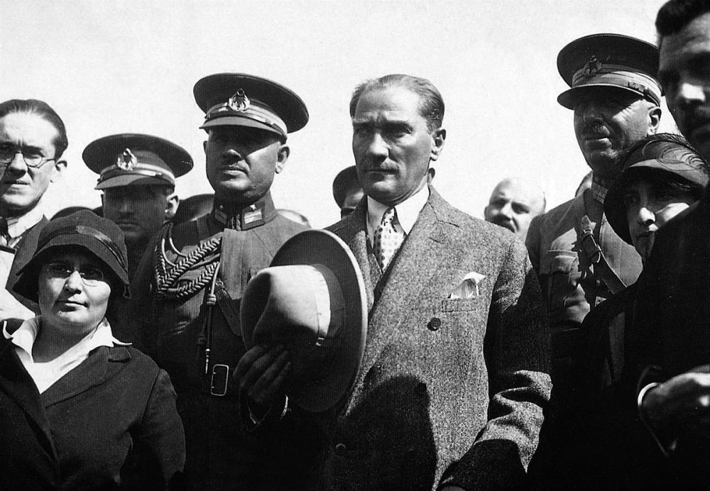 Mustafa Kemal Atatürk in Izmir, Mustafa Kemal Atatürk, Poster Satış, all posters, kanvas tablo, canvas print sales