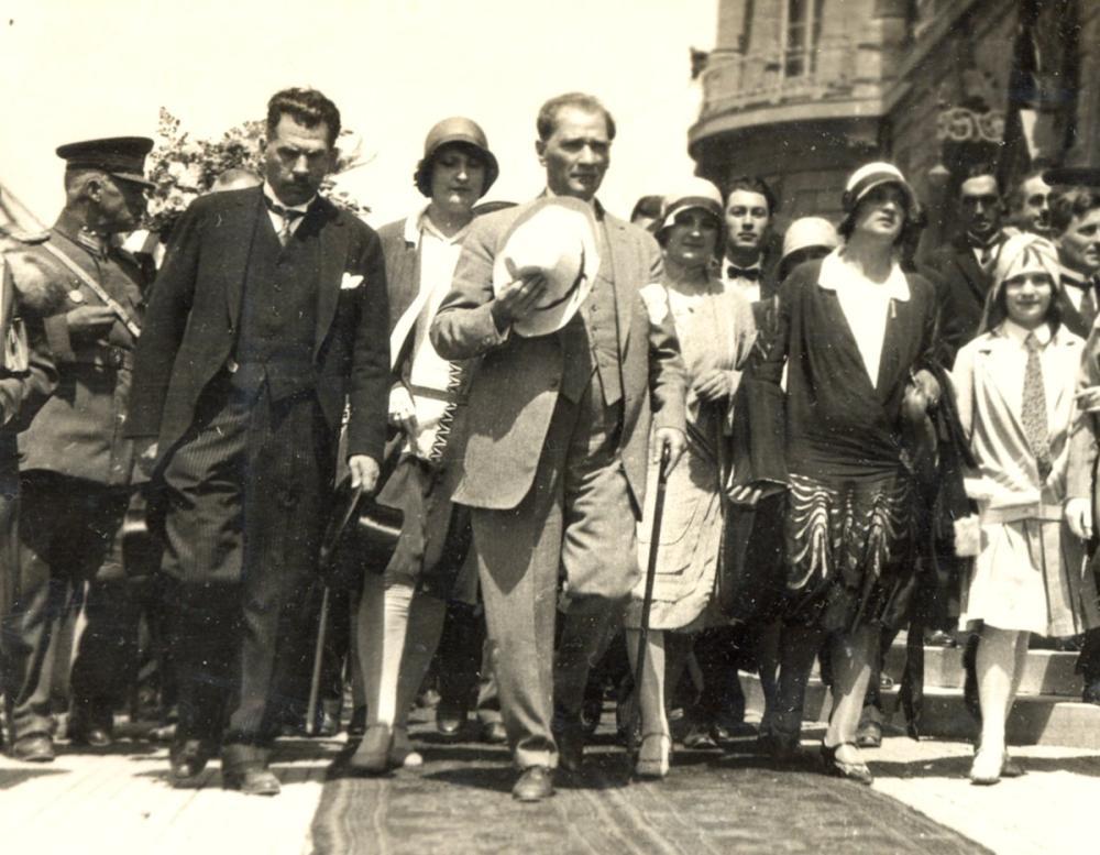 Mustafa Kemal Atatürk, Türk Medeni Kanununun Kabulü 17 Şubat 1926, Mustafa Kemal Atatürk, Poster Satış, all posters, kanvas tablo, canvas print sales
