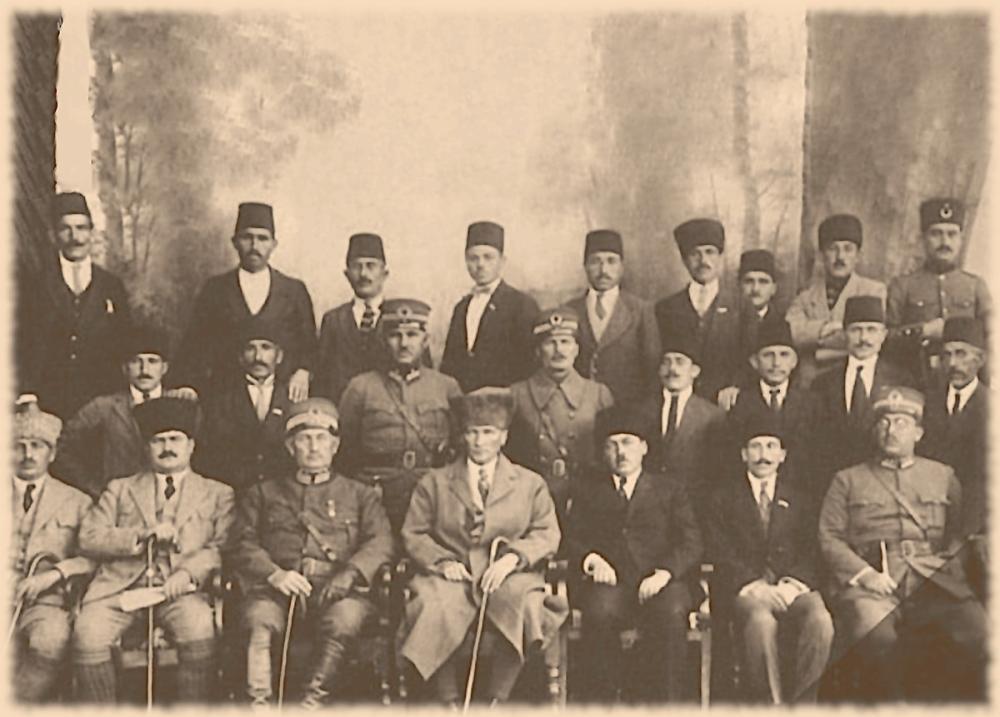 Mustafa Kemal Atatürk, With the Delegation at Erzurum Congress, Mustafa Kemal Atatürk, Poster Satış, all posters, kanvas tablo, canvas print sales