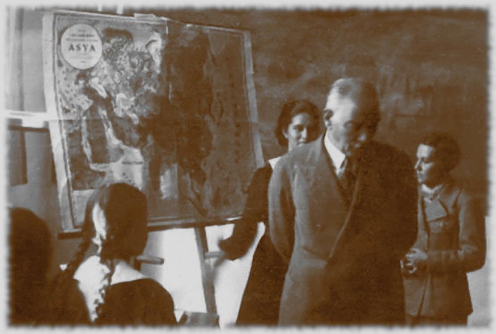 Mustafa Kemal Atatürk, Coğrafya Dersinde, Mustafa Kemal Atatürk, Poster Satış, all posters, kanvas tablo, canvas print sales