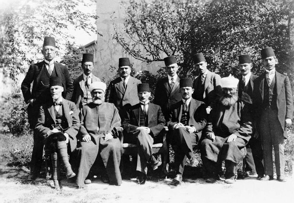 Mustafa Kemal Atatürk, Halkın Önde Gelenleriyle, Mustafa Kemal Atatürk, Poster Satış, all posters, kanvas tablo, canvas print sales