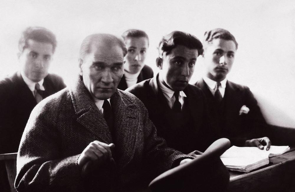 Mustafa Kemal Atatürk, Üniversite Sıralarında, Mustafa Kemal Atatürk, Poster Satış, all posters, kanvas tablo, canvas print sales