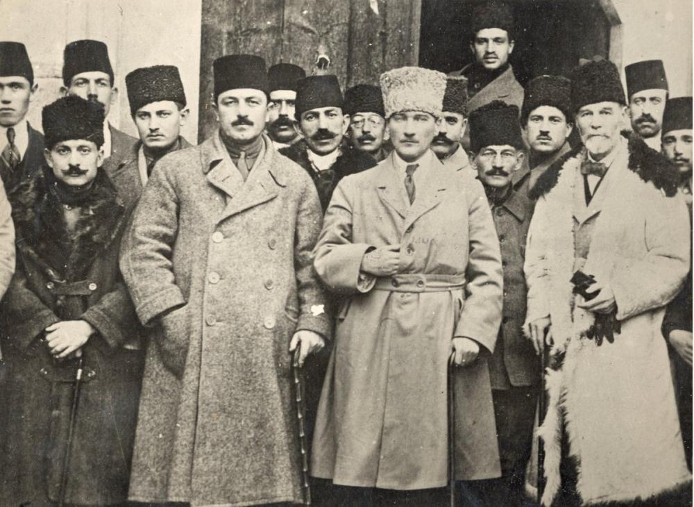 Mustafa Kemal Atatürk, Sivas Kongresi Heyeti Temsiliye İle Birlikte, Mustafa Kemal Atatürk, Poster Satış, all posters, kanvas tablo, canvas print sales