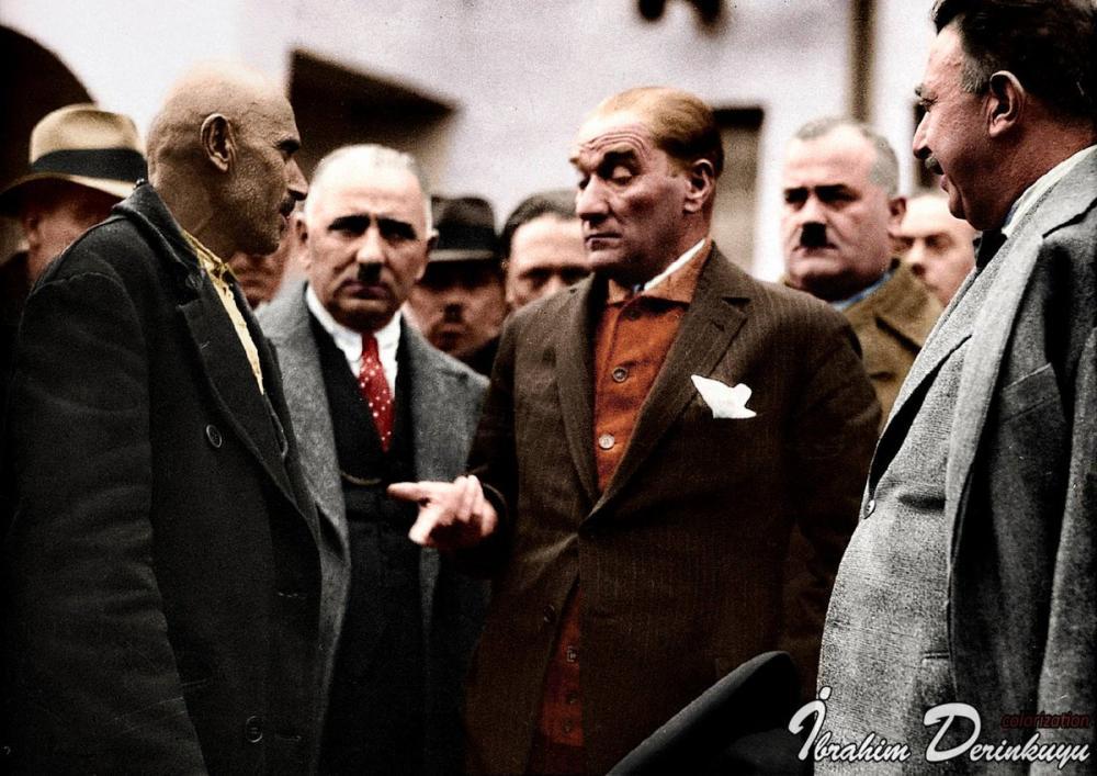 Mustafa Kemal Atatürk, Bir Vatandaşı Dinliyor, Mustafa Kemal Atatürk, Poster Satış, all posters, kanvas tablo, canvas print sales