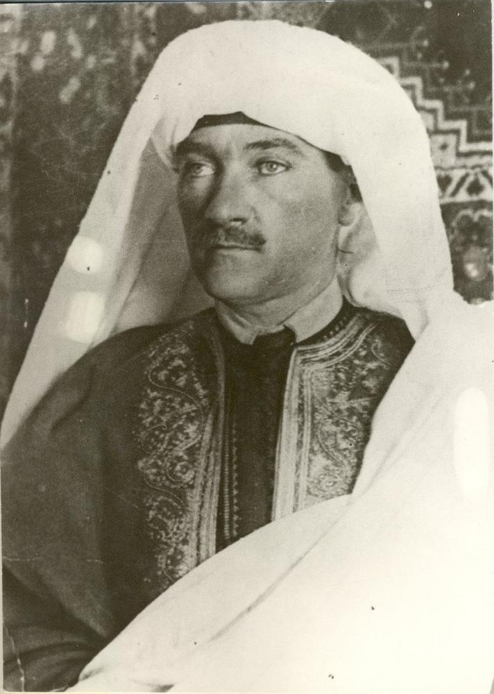 Mustafa Kemal Atatürk, Arap Cehpesinde, Mustafa Kemal Atatürk, Poster Satış, all posters, kanvas tablo, canvas print sales
