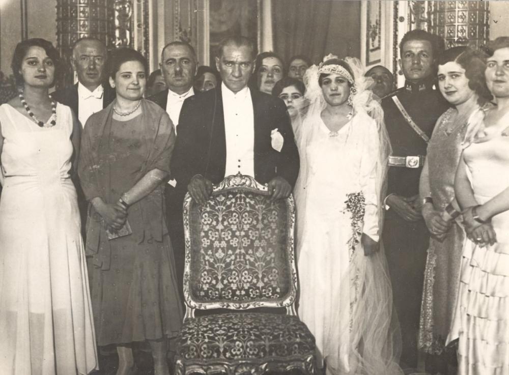 Mustafa Kemal Atatürk ve Türk Kadınları, Mustafa Kemal Atatürk, Poster Satış, all posters, kanvas tablo, canvas print sales