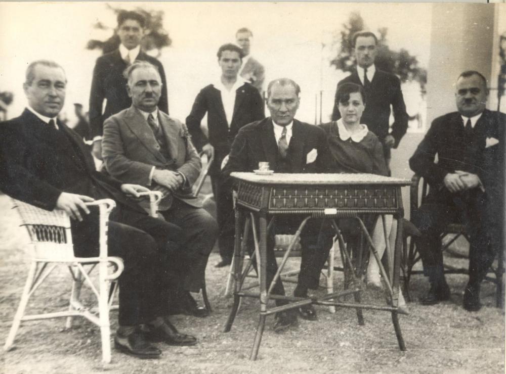 Mustafa Kemal Atatürk with Falih Rıfkı Atay, Mustafa Kemal Atatürk, Poster Satış, all posters, kanvas tablo, canvas print sales