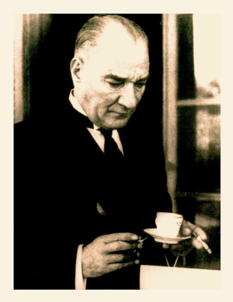 Mustafa Kemal Atatürk, Kahve ve Sigara İçerken, Mustafa Kemal Atatürk, Poster Satış, all posters, kanvas tablo, canvas print sales