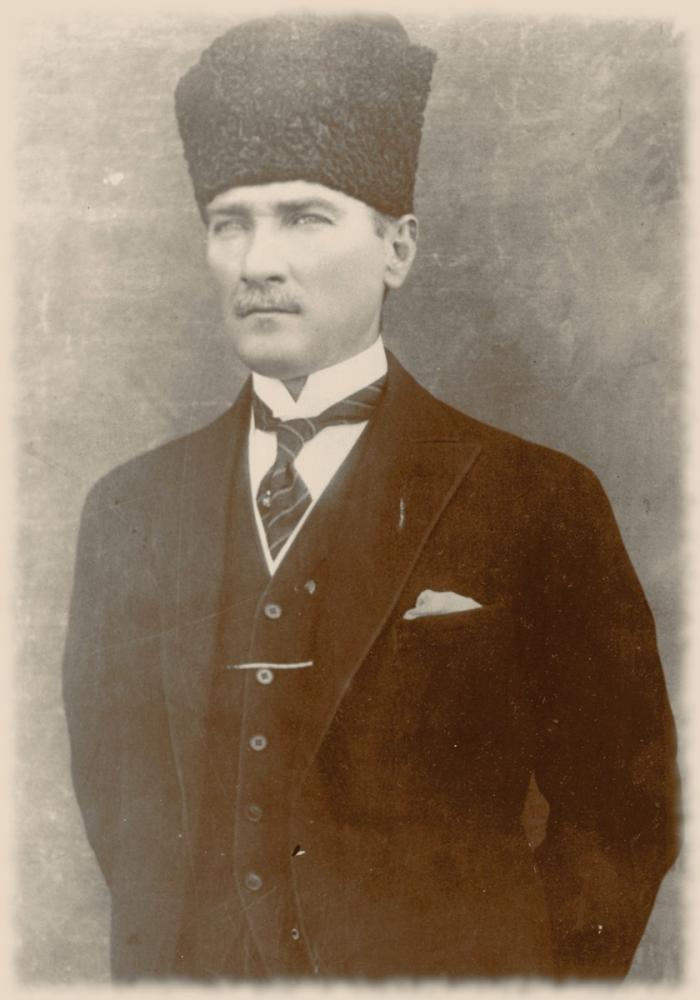 Mustafa Kemal Atatürk, Gazilik Ünvanından Sonra Ayakta Portre 34, Mustafa Kemal Atatürk, Poster Satış, all posters, kanvas tablo, canvas print sales