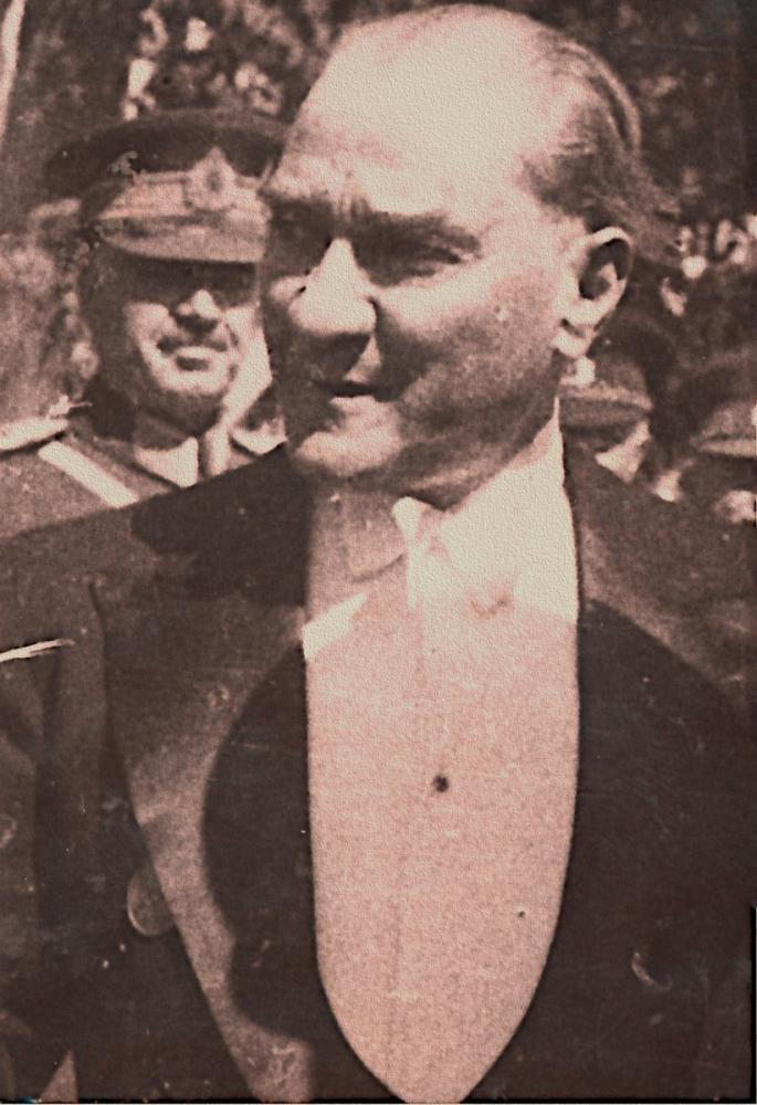 Mustafa Kemal Atatürk, Cumhuriyet in Onuncu Yıl Kutlamasında, Mustafa Kemal Atatürk, Poster Satış, all posters, kanvas tablo, canvas print sales