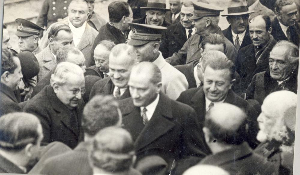 Mustafa Kemal Atatürk, Official Delegation, Mustafa Kemal Atatürk, Poster Satış, all posters, kanvas tablo, canvas print sales