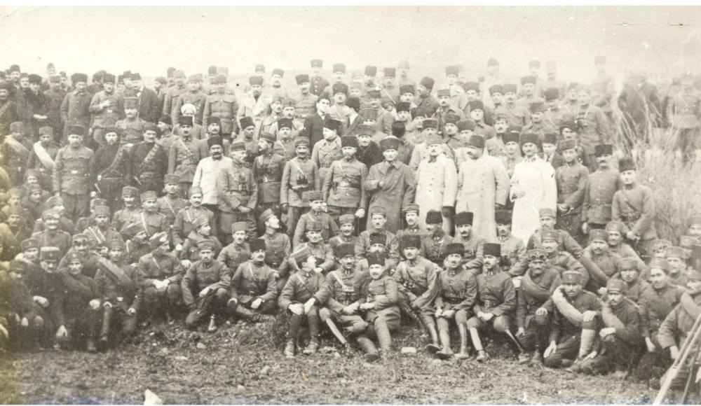 Mustafa Kemal Atatürk, Büyük Taarruzda Önde Gelen Komutanlarla Beraber, Mustafa Kemal Atatürk, Poster Satış, all posters, kanvas tablo, canvas print sales
